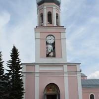Валдай. Церковь Троицы Живоначальной
