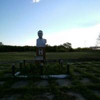 Памятник Гали Закирову