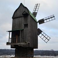 Ветряк в Пирогове.