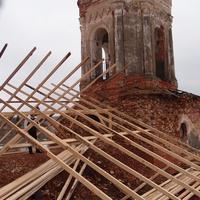 Возведение временной крыши