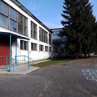 Весёлая Лопань. Школа. Спортзал