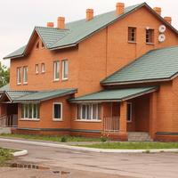 Четырехквартирный жилой дом для семей железнодорожников на улице Полевой.