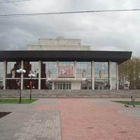 Академический театр Драмы.