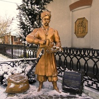 The monument to Kulchytsky in the village of Kulchytsi