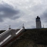 Памятник трактористке-стахановке военных и первых послевоенных лет Д. М. Гармаш