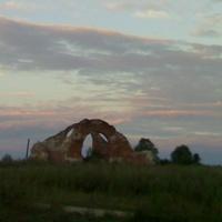 церковь Преображения в д.МОЛОГИНО в наши дни