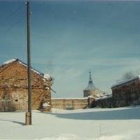 Остатки монастырских построек. 90-е годы
