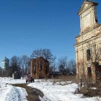 Костел i церква в Мижирiвi