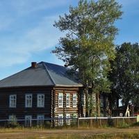 Здание садика. Старый поповский дом.