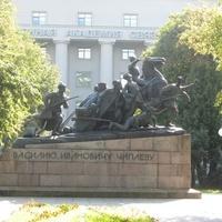 Памятник В.И. Чапаеву при Академии Связи