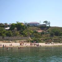 Пляж на северной стороне.