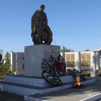 Новая Таволжанка. Мемориал воинам, погибшим в Великой Отечественной войне.
