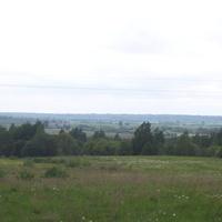 Вид  с  дороги  Падбережье - Селилово  в  сторону  рек Хоронятка и  Полометь