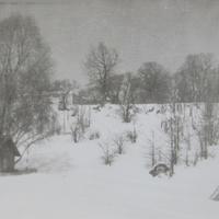 Домик мелевого. Вид с реки на школу. 60-е годы.