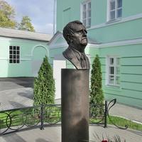 Бюст Г.В.Свиридова-композитра,нашего земляка