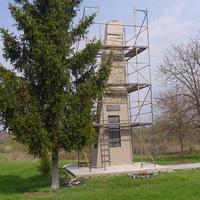 Реставрація обеліска