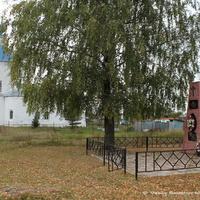 пос. Суходол. Памятник погибшим в Отечественной Войне