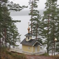 Храм на территории Отеля Ранталинна, берег озера Сайма