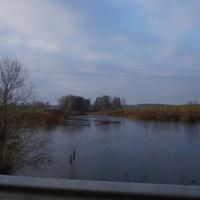 Хонятино, запруда на речки у дороги