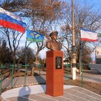 В сентябре 2015 г. был установлен бюст главному десантнику страны - Маргелову В.Ф.