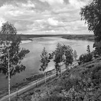 Река Вятка. Вид с набережной города Кирова.