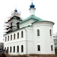 Новогорбово, церковь Смоленской иконы Божьей Матери, осень 2015
