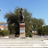 Памятник в городе Кизляре СПбГЭУ