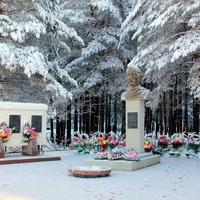 памятник Собянину Г.Е.
