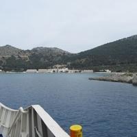 Остров Сими, вид с моря на монастырскую бухту