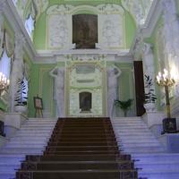 г. Нижний Новгород. Бывший дом купца Рукавишникова - парадная лестница.