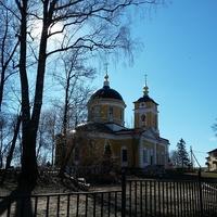 Церковь Рождества Богородицы в Гульнево