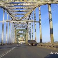 Новы мост через Северную двину.