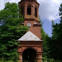 Церковь в деревне Ясенское. 2010 год