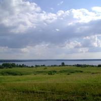 Вид на оз. Волго со стороны деревни Ясенское