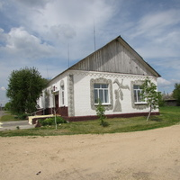 д Климовка, здание библиотеки