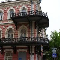 Старинные балконы.
