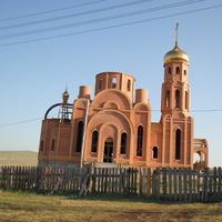 Строящаяся церковь Пантелеймона Целителя. 2014 г.