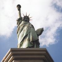 Токио. Копия статуи Свободы на острове Одайба.