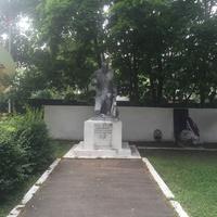 Памятник жертвам войны
