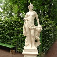 """Летний сад. Скульптура """"Аллегория Искренности""""."""