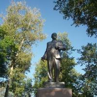 Спас-Деменск. Памятник Ленину