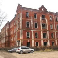 Морозовская казарма в наши дни по адресу ул. Ленина, д.100\2