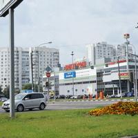 ТЦ Виктория, Венёвская улица