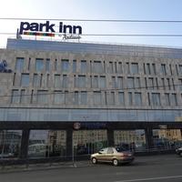 """Отель """"Парк Инн"""""""