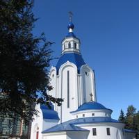 Храм Воскресения Христова в пос. Шушары