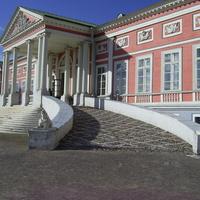Музей-усадьба Кусково - Пандус дворца для подъезда карет.