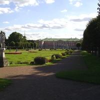 Музей-усадьба Кусково - Центр дворцового французского регулярного парка.