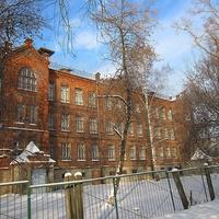 Школа №1 -вид с ул. Волкова