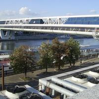 Москва-Сити - Торгово-пешеходный мост Багратион