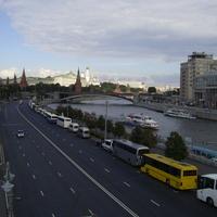 Москва - Пречистенская набережная переходит в Кремлевскую набережную